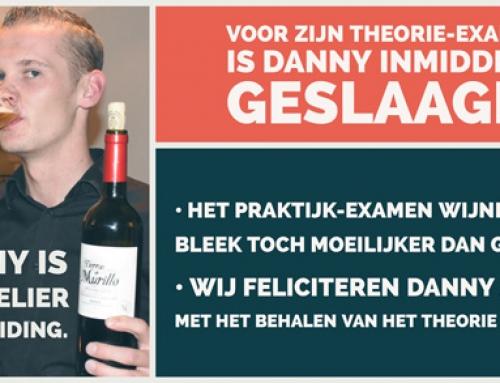 Medewerker Danny is sommelier in opleiding.